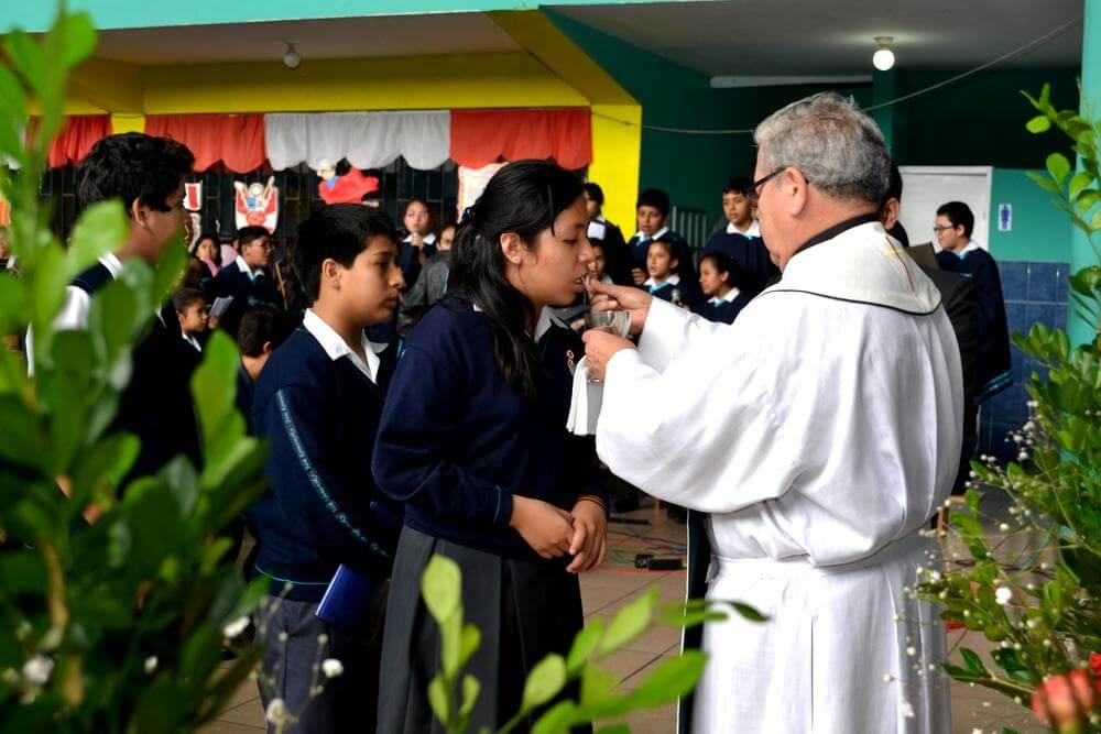 Formación cristiana - Colegio Jan Komensky