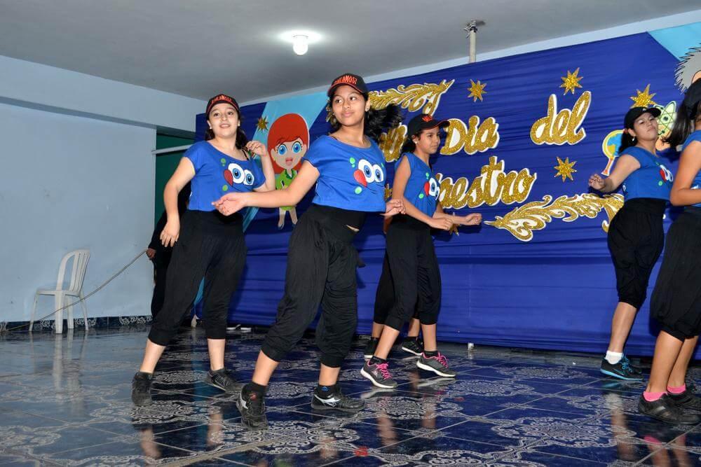 Taller de danza - Colegio Jan Komensky