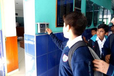 Control Biométrico - Colegio Jan Komensky